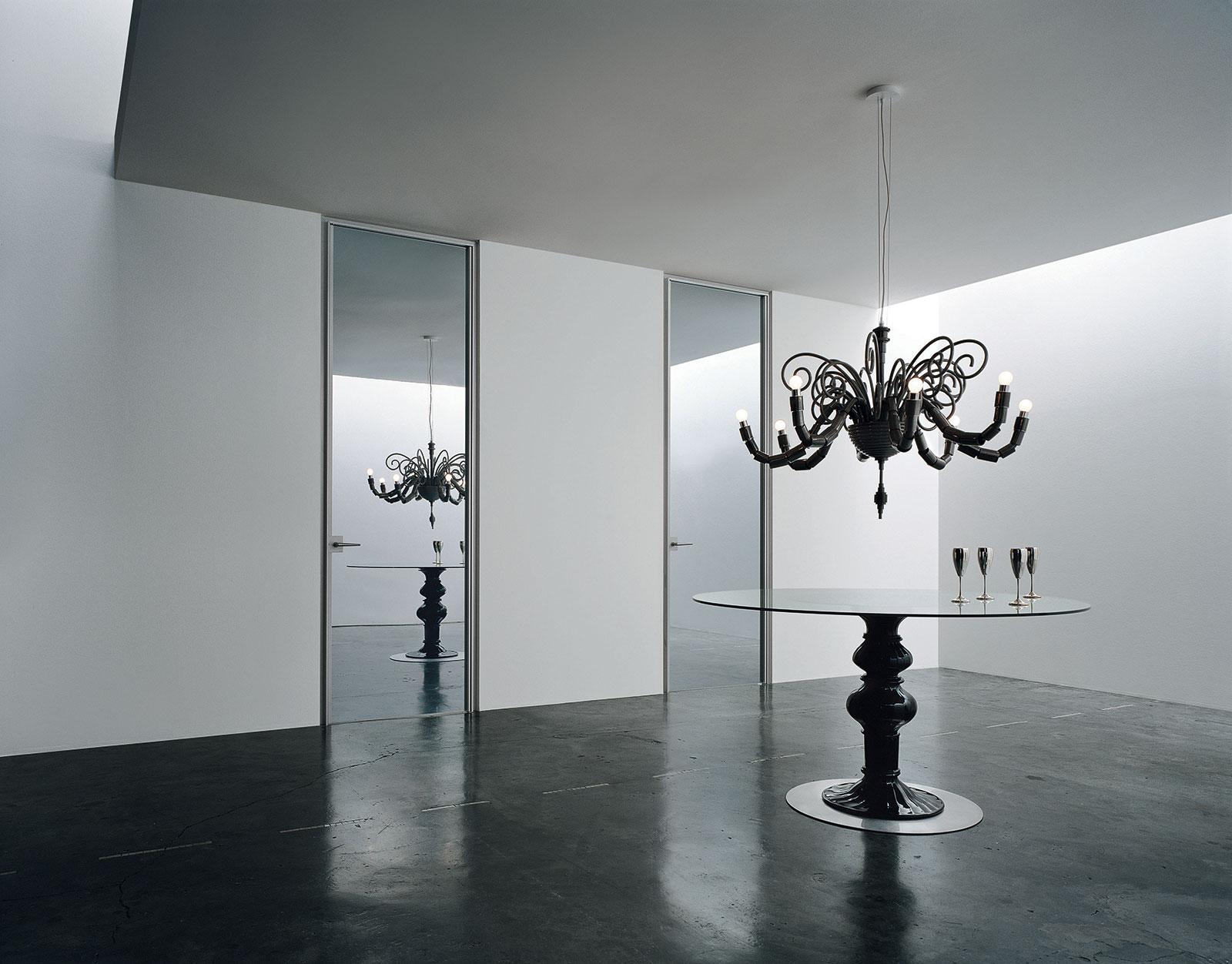 Ingrandire con lo specchio henry glass for Porte scorrevoli arredo