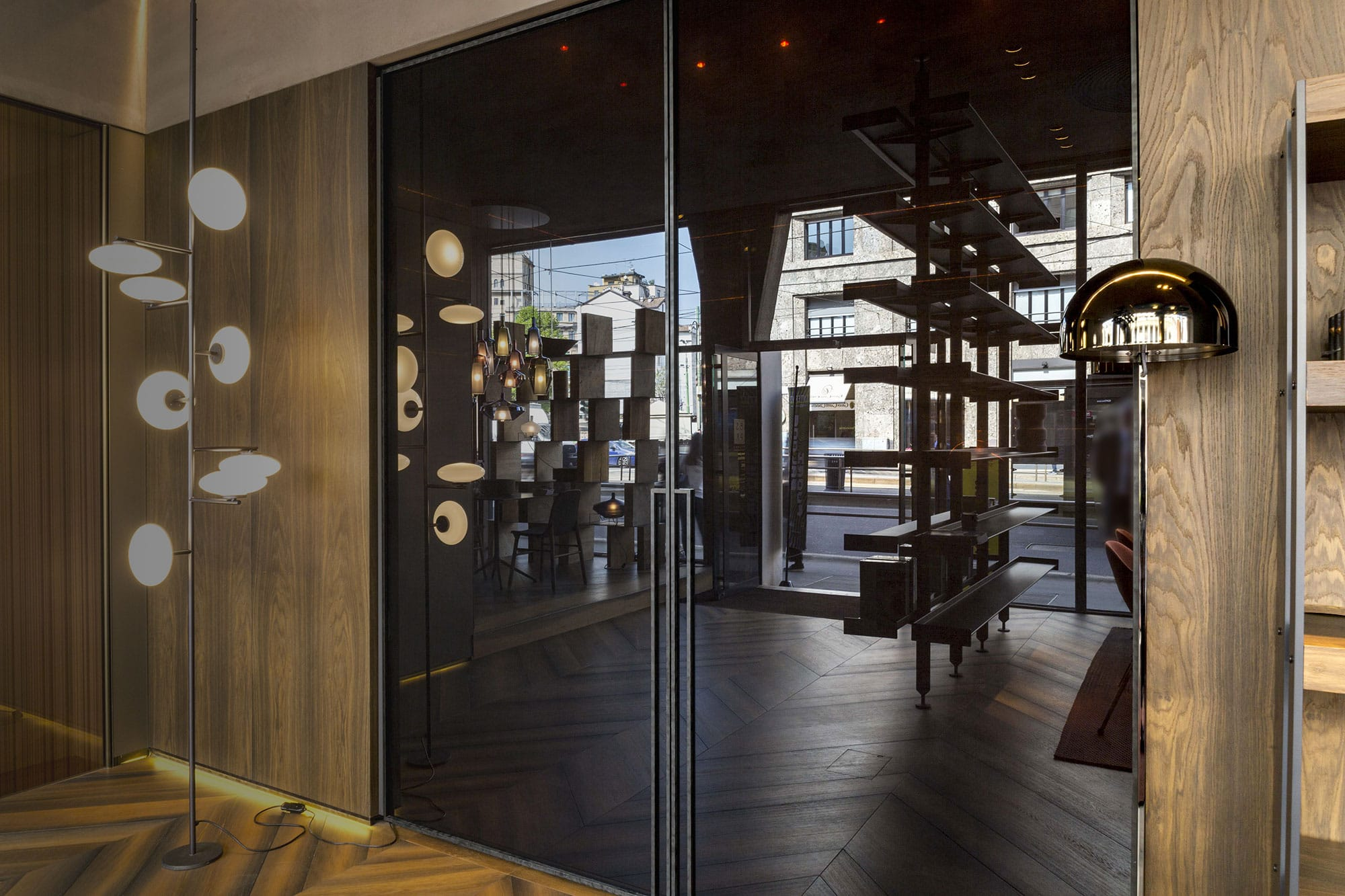 Porta Scorrevole In Vetro A Napoli.Porte In Vetro Decorate E Soluzioni Di Design Henry Glass